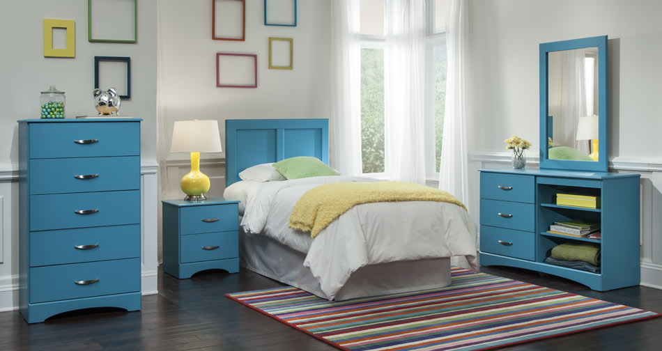 https://unionfurn.com/wp-content/uploads/2015/12/Union-Furniture-Bedroom-173-Turquoise.jpg