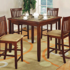 Union Furniture Dining Room Table and Chairs
